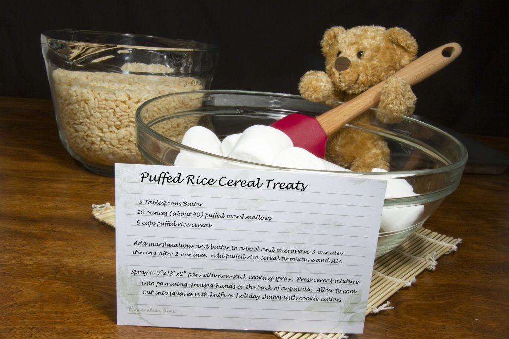 Strawberry Heart-Shaped Rice Krispie Treats